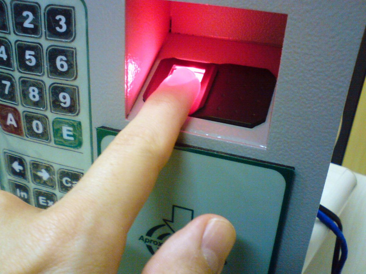 How biometrics work: At your fingertips!
